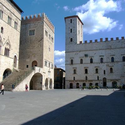 Todi-Piazza-del-Popolo